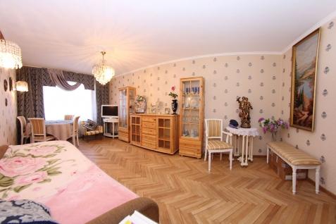 Продается 3-комн. кв., Москва, улица Бажова, 15к1